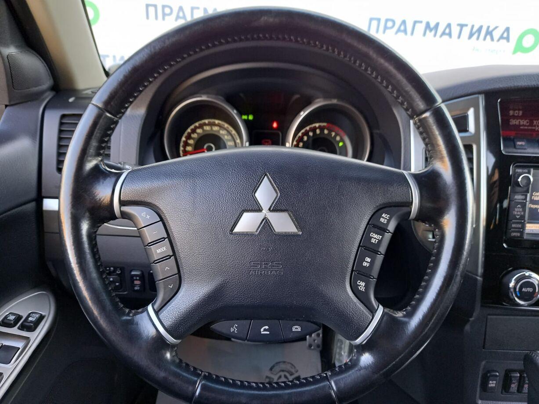 Mitsubishi Pajero, IV Рестайлинг 2 2014г.
