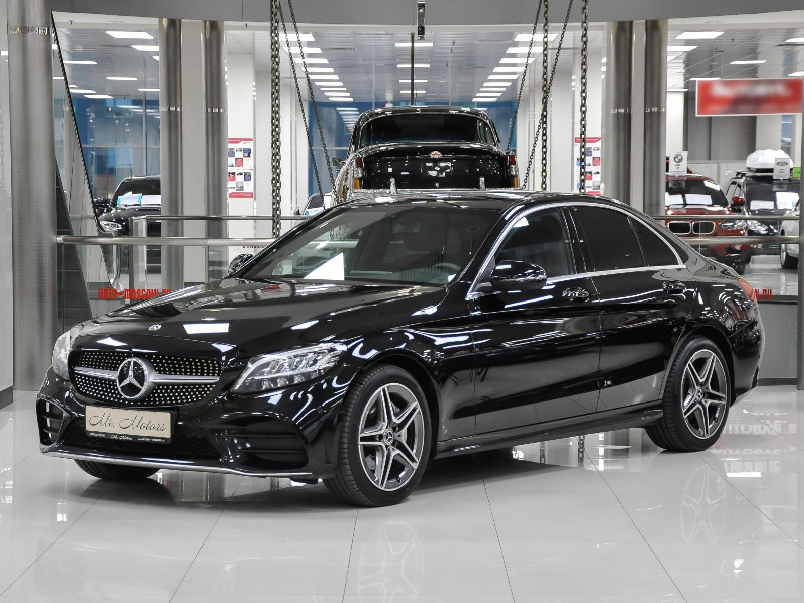 Mercedes-Benz C-Класс с пробегом в Москве. Автомобильная компания Mr.Motors