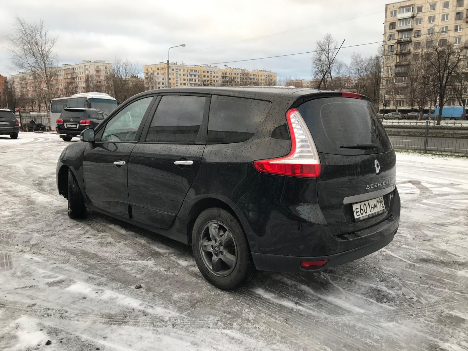 Renault Scenic 2011г.