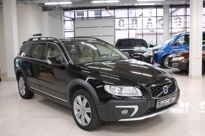 VolvoXC702.4d AT (181 л.с.) 4WD