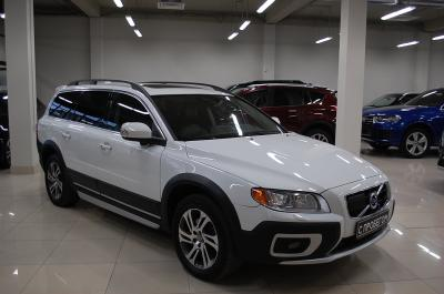 VolvoXC702.4d AT (215 л.с.) 4WD