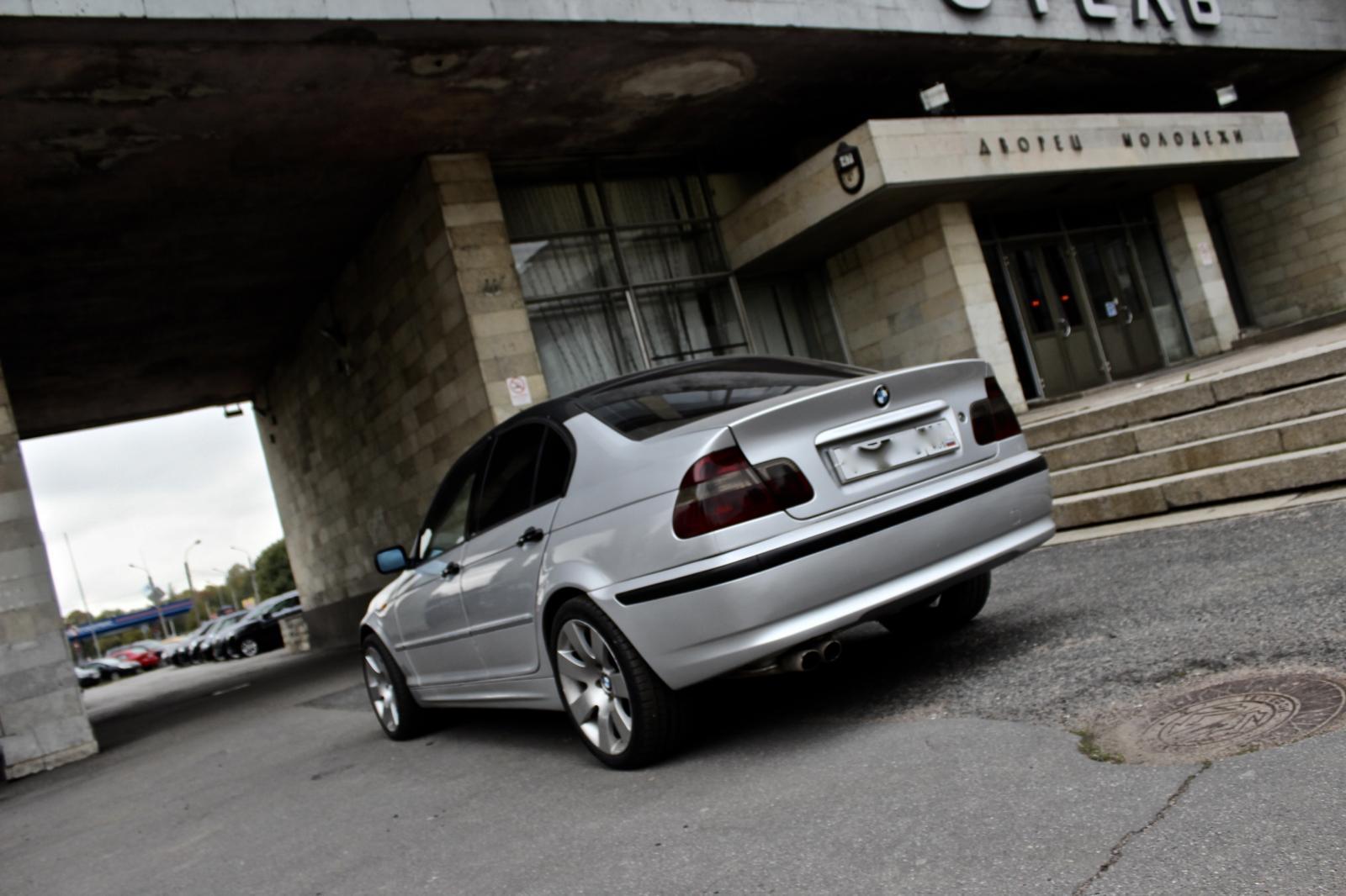 BMW 3 серия 2003г.