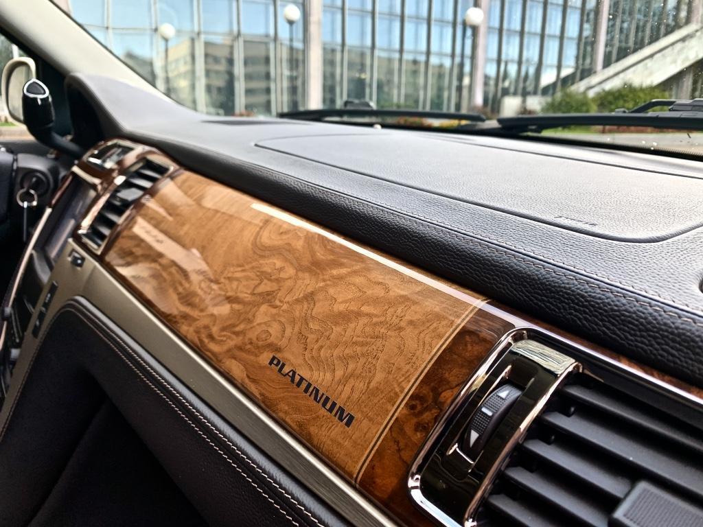 Cadillac Escalade 2013г.