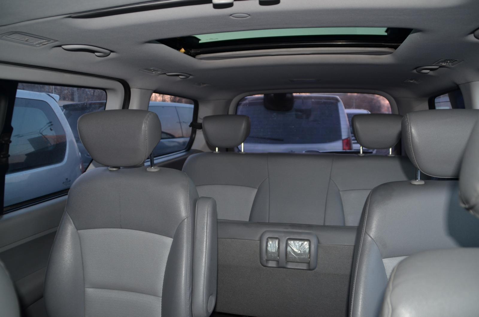 Hyundai Starex (H-1) 2009г.