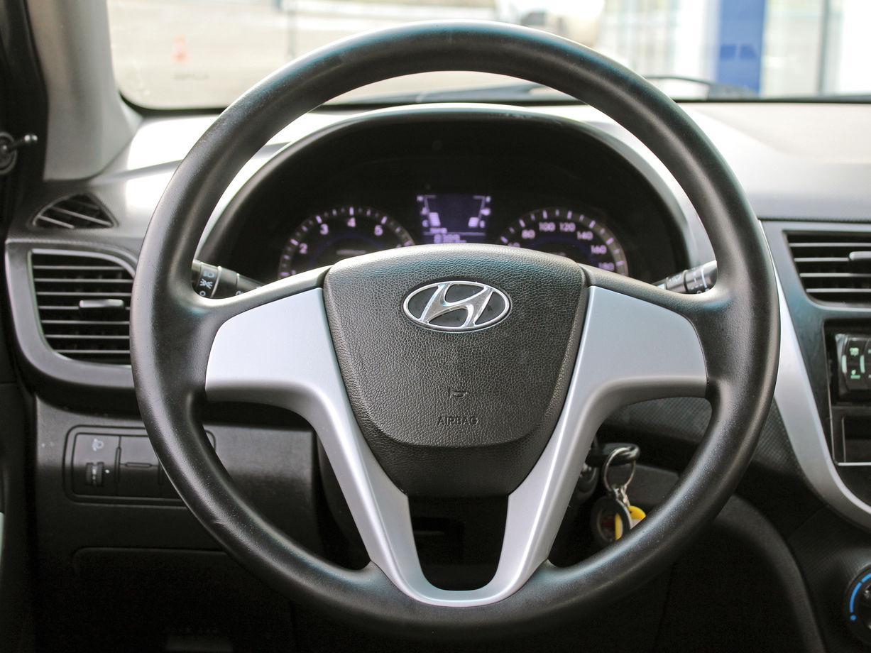 Hyundai Solaris, I 2013г.