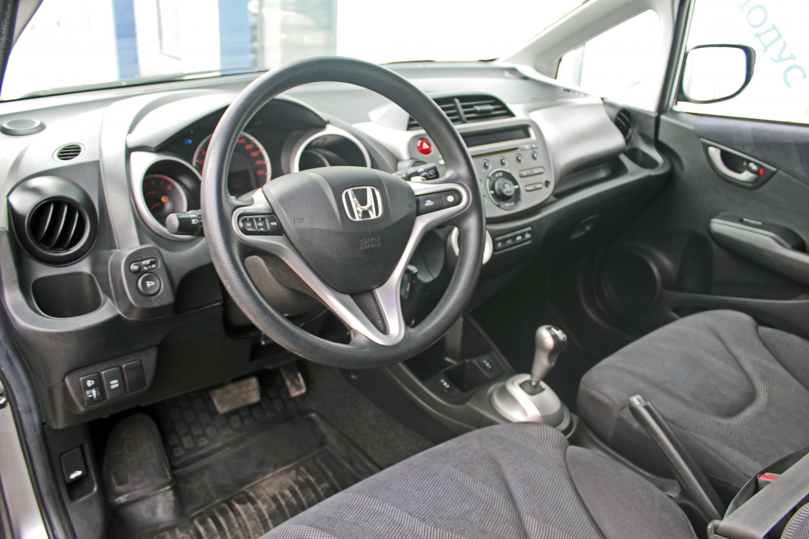 Honda Jazz, II 2009г.