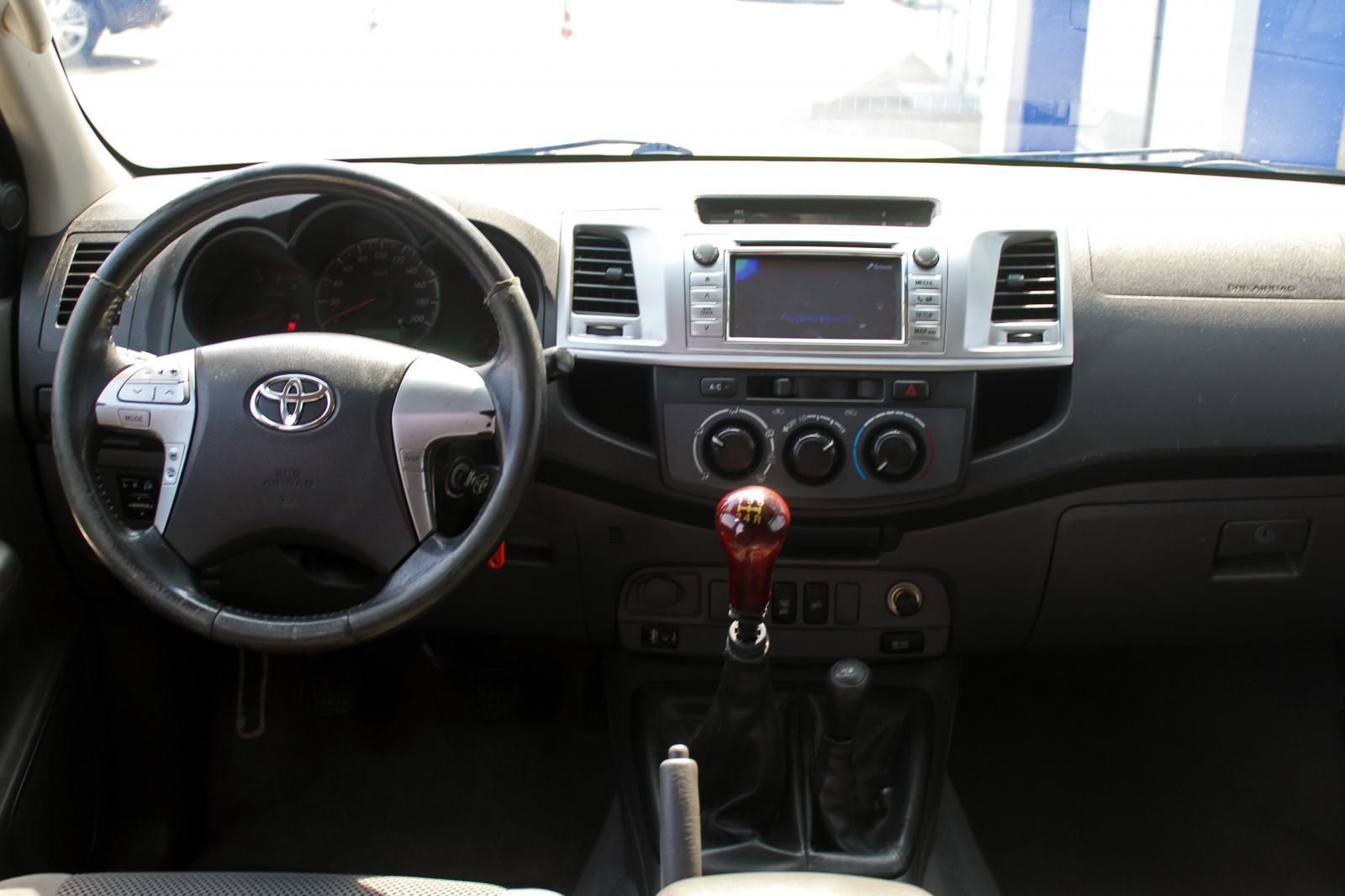 Toyota Hilux, VII Рестайлинг 2012г.